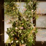 Welcome floral installation, a wedding design trend for 2020